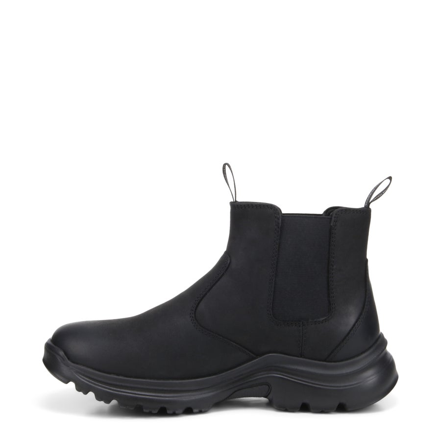 Ascend Leather Chelsea Boots